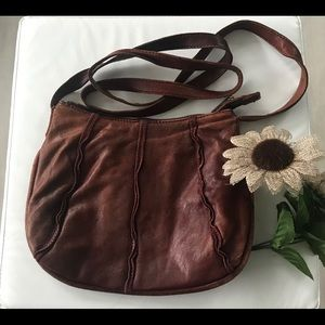 Hobo International crossbody purse 🌻